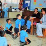 Ministerio de Educación Pública suspende el curso lectivo por un mes