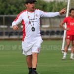 Técnico de la Sub 20 femenina continúa visitas a los estadios